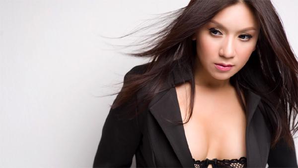 Biểu tượng sexy của điện ảnh Việt: 'Tôi xài hao chồng lắm'