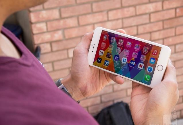 6 đối thủ nặng ký của Galaxy Note 5 - 1