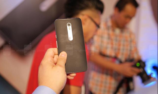 6 đối thủ nặng ký của Galaxy Note 5 - 3