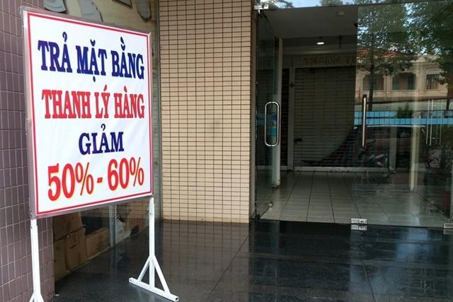 Tháo chạy khỏi Thuận Kiều Plaza
