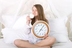6 thói quen vào buổi sáng gây hại cho sức khỏe
