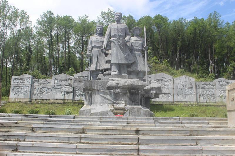 tượng đài, hà tĩnh, Vũ Quang, xuống cấp