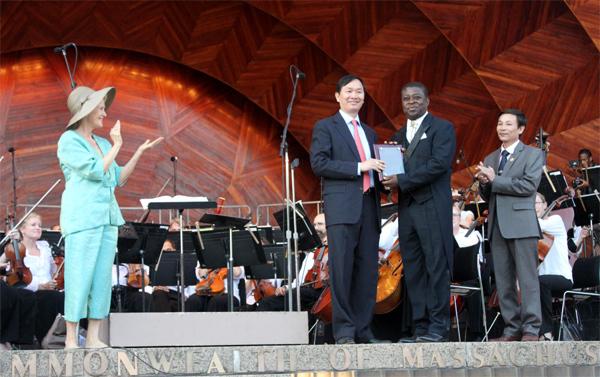 Nguyễn Anh Tấn, hòa nhạc, diễn đàn toàn cầu boston