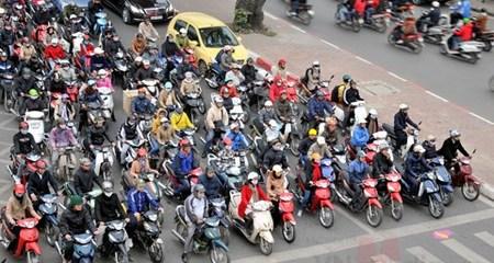 Bộ Tài chính cũng muốn bỏ phí đường bộ với xe máy