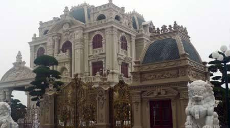 Cận cảnh tòa lâu đài trăm tỷ bên sông Đáy - Hà Nam