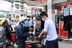 Petrolimex lãi 1.000 tỷ nhờ cơ chế điều hành giá xăng