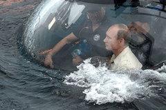 Putin lặn Biển Đen xem tàu cổ nghìn năm