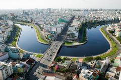 Bác sĩ BV Bình Chánh nộp 500 triệu đồng quà tặng