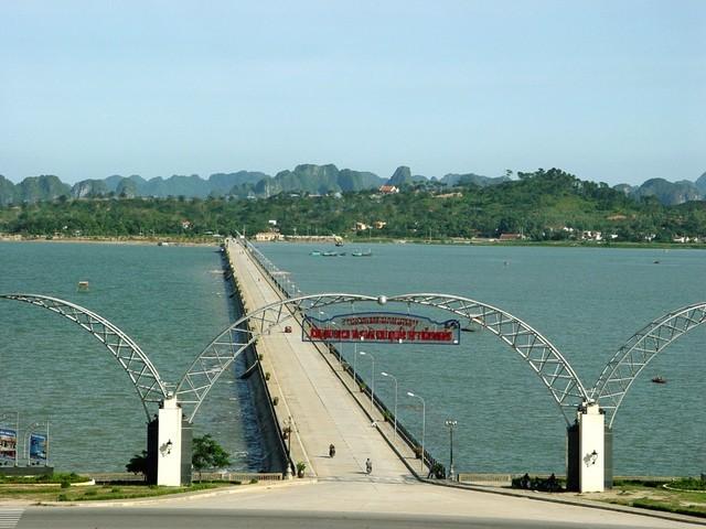Chúa đảo Đào Hồng Tuyển: Cuộc thoái lui trước đại gia Mỹ Coca-cola