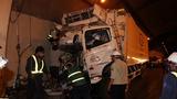 Xe tải đâm thành hầm Hải Vân, phụ xe thiệt mạng