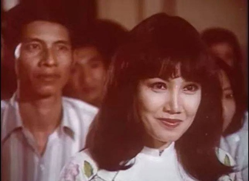 Đời riêng lận đận của 'quả bom sex' Thanh Lan