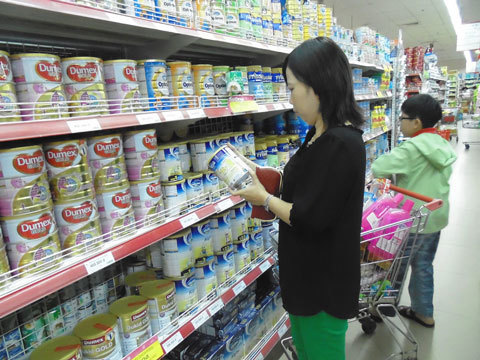 Thuế giảm, giá sữa chưa chắc đã giảm