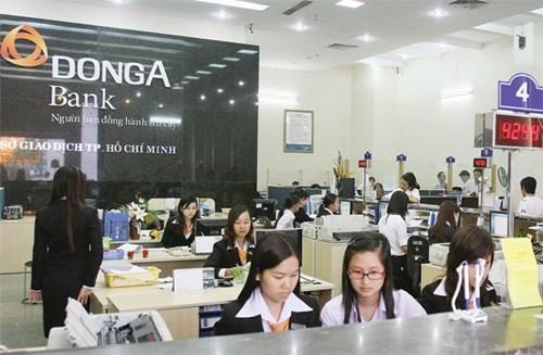 Cú 'trượt chân' của ngân hàng Đông Á