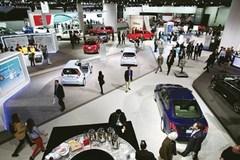 Ôtô đồng loạt tăng giá mạnh?