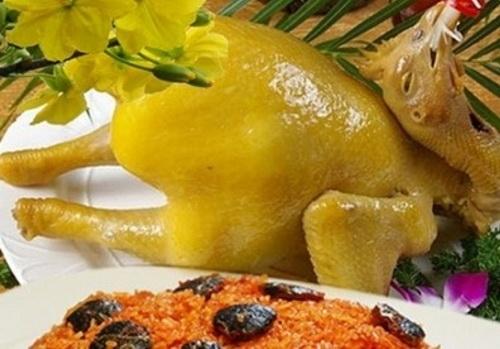 Cách luộc gà thơm ngon, không bị nứt da