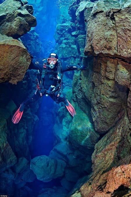 Địa đạo Củ Chi - một trong những điểm đến lạ nhất thế giới
