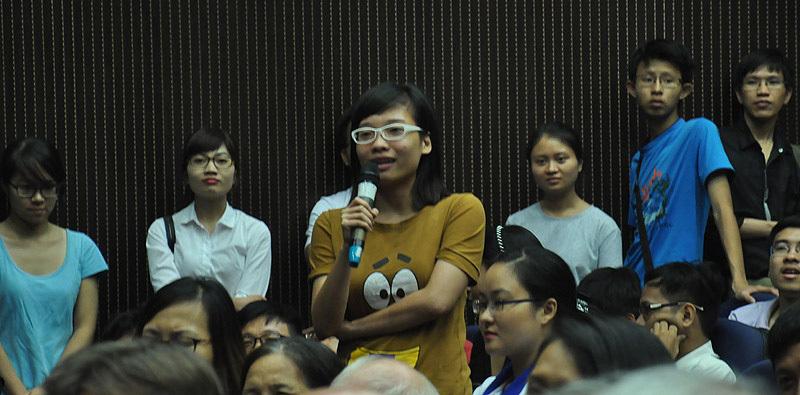 """GS Ngô Bảo Châu: """"Không bao giờ là quá muộn để học mọi thứ"""""""