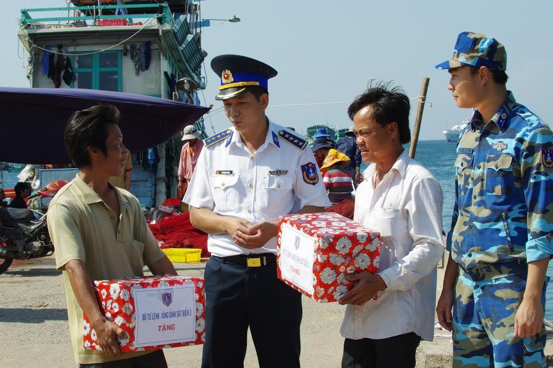 Bàn tròn với Tướng Cảnh sát biển Việt Nam