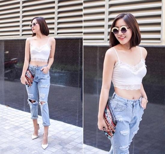 'Giật mình' với phong cách thời trang của Văn Mai Hương