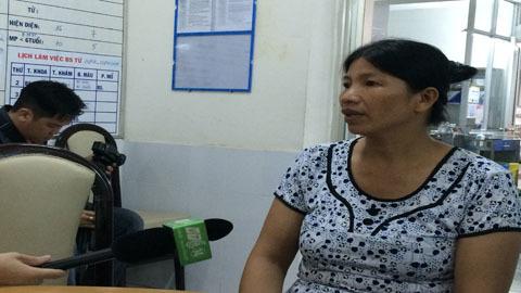 Bé gái bị mẹ tẩm xăng đốt vì thiếu nợ tiền vé số