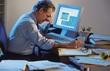 Làm việc và ngủ quá nhiều: Nguy cơ đột quỵ đều cao?