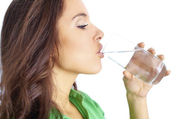 Nước - chìa khóa giúp giảm cân lợi hại