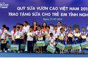"""8 tỷ đồng góp quỹ """"Vươn Cao Việt Nam"""" từ Vinamilk"""