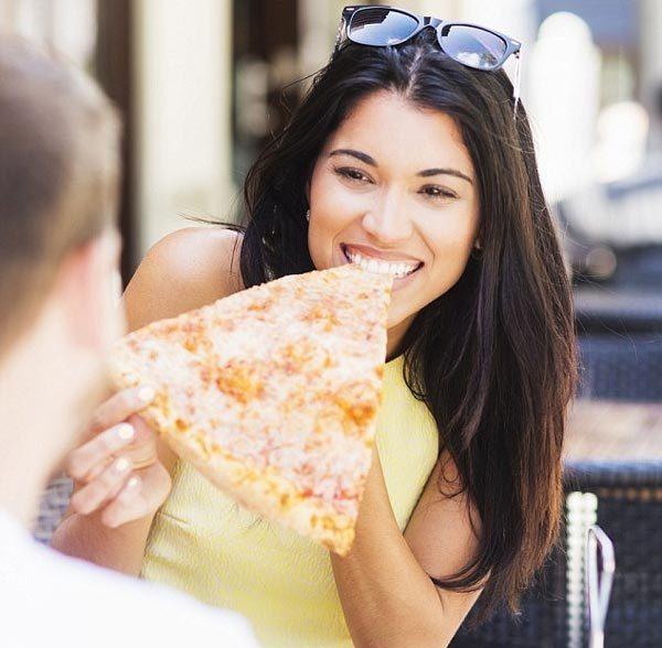 Ăn bánh pizza có thể làm lộ tính cách của bạn