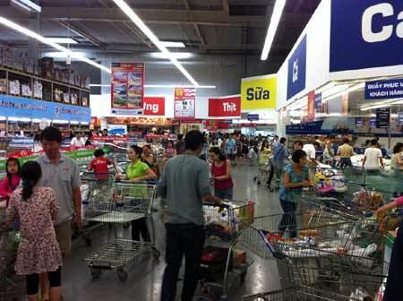 Thực phẩm và hàng gia dụng giảm giá mạnh tại Metro