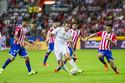 """M.U """"mở đường máu"""" chiêu mộ Gareth Bale"""