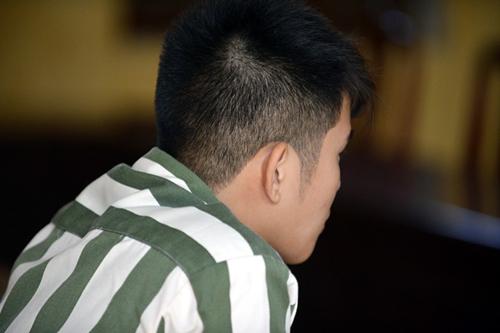 4 năm thụ án của phạm nhân 9X điển trai