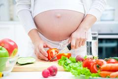 6 yếu tố quyết định trí thông minh của thai nhi