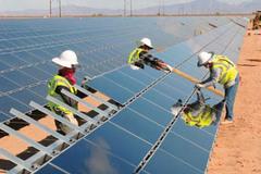 Việt Nam có nhà máy điện mặt trời đầu tiên