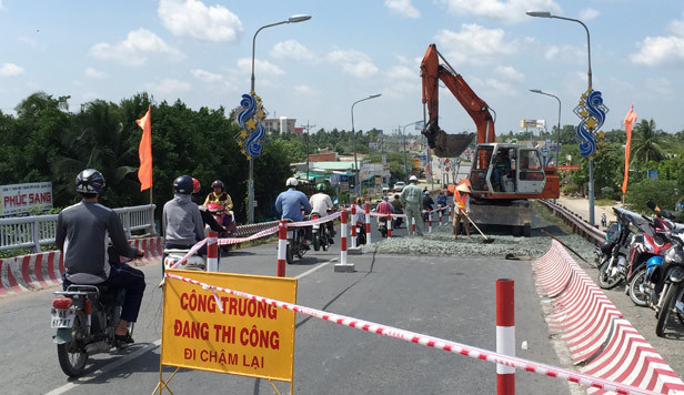 Liên tiếp tai nạn chết người, cấm xe tải, xe khách qua cầu