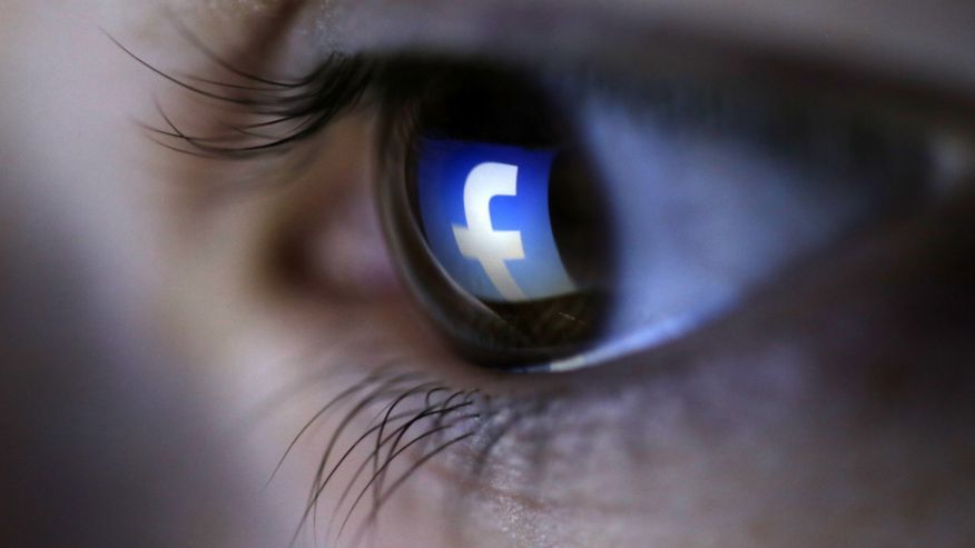5 điều tuyệt đối không nên chia sẻ trên Facebook