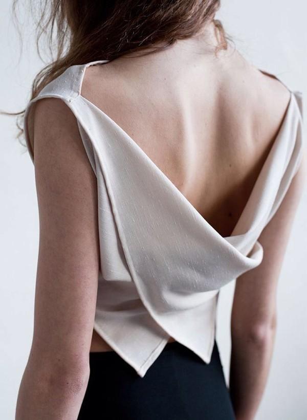 3 kiểu áo mà bạn nên mặc ngay trước khi tiết trời dịu mát kết thúc