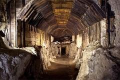 Lời trăng trối 300 tấn vàng và cuộc chiến giành tài sản