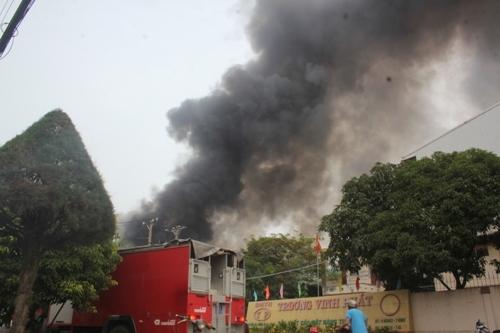 cháy, KCN Vĩnh Lộc, cảnh sát, PCCC, hỏa hoạn, Ming Shyang