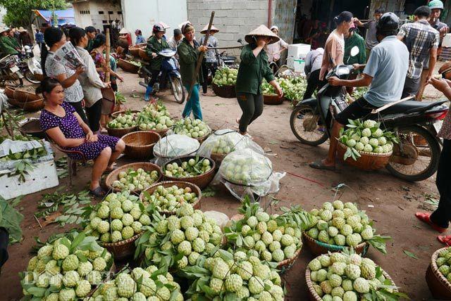 Chợ na dài cả km chỉ có ở Việt Nam
