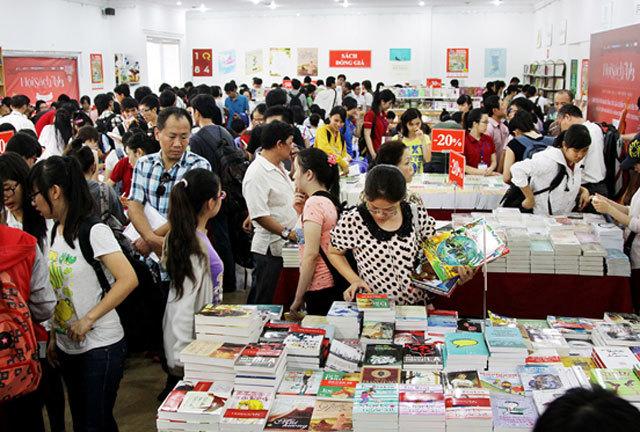 Nhà sách Thành Nghĩa bị phạt 200 triệu