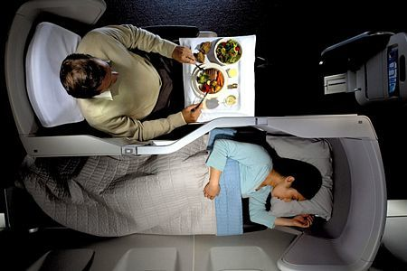 Bí ẩn ghế ngồi và giấc ngủ mệt mỏi trên máy bay