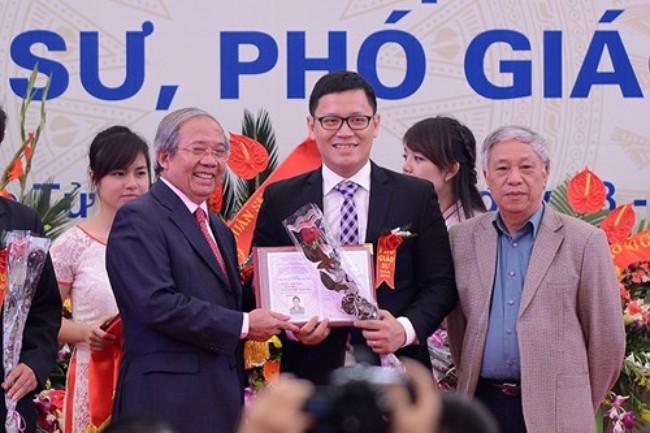 Quốc Khánh, 2/9, Lê Anh Vinh, phó giáo sư, diễu binh