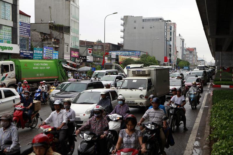 Hà Nội, trời mưa, đường tắc, kéo dài, hàng cây số