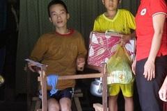 Thương gia đình người Vân Kiều bệnh tật
