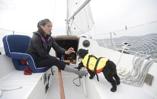nữ sinh, nhập học, chèo thuyền