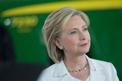 Hillary Clinton hối tiếc đã dùng email cá nhân