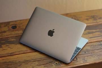 Apple tham vọng chế tạo laptop có pin 1 tuần?