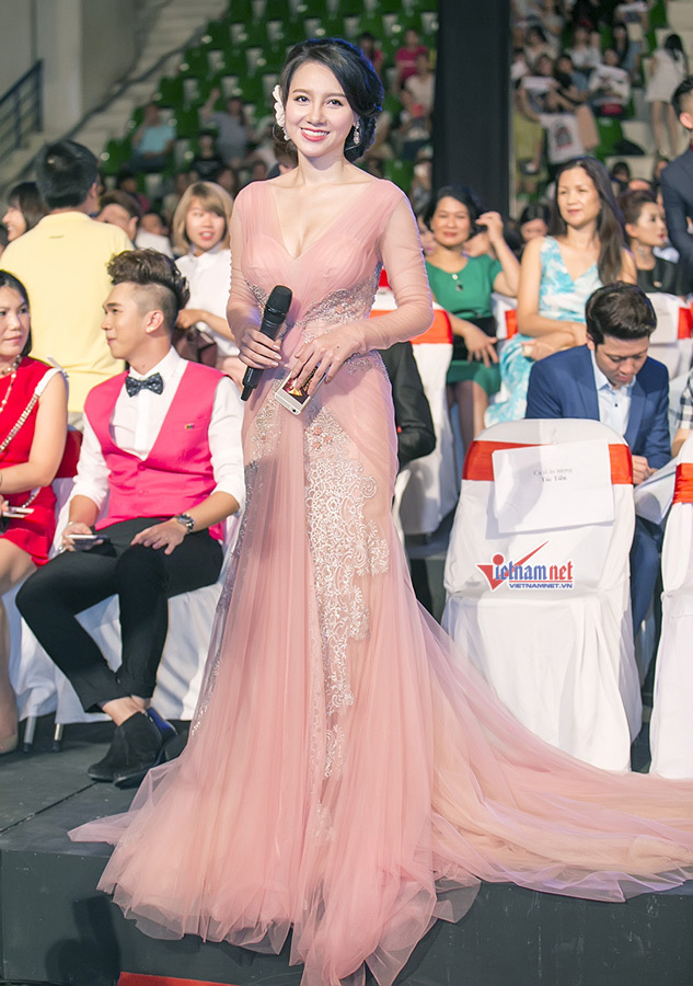 Dàn sao lộng lẫy trong lễ trao giải VTV