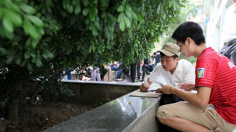 Nhiều đại học mòn mỏi chờ thí sinh