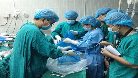 Kể lại ca vận chuyển tạng cứu người bệnh xa nhất VN